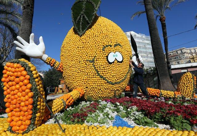 lemon man statue